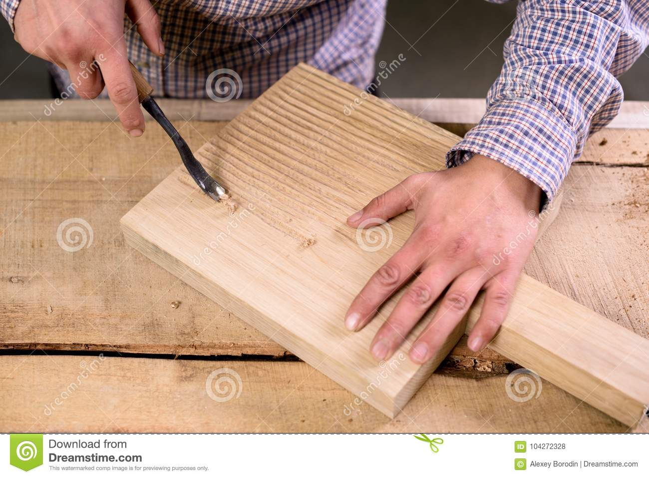 How To Make Grooves In Wood By Hand