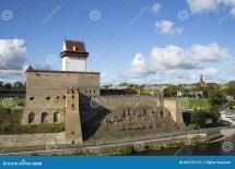 Castillo De Hermann En El Fondo La Ciudad Del