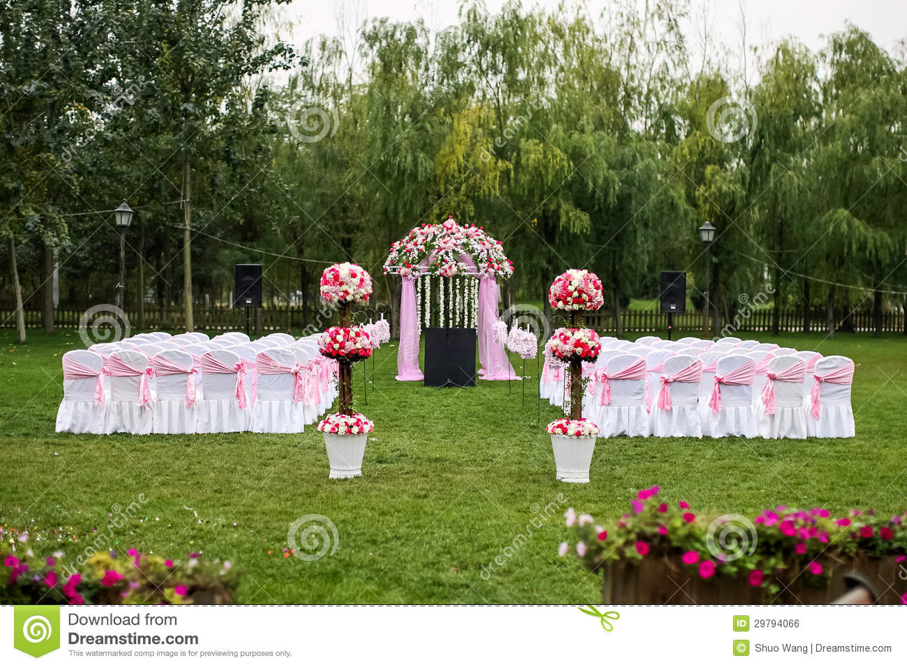 green lawn chairs revolving chair base with wheels outdoor wedding scene stock photo. image of chair, business - 29794066