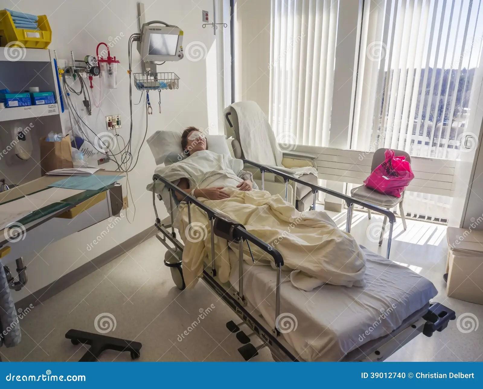 Chambre Dhpital Et Patient Photo stock  Image du hpital soin 39012740