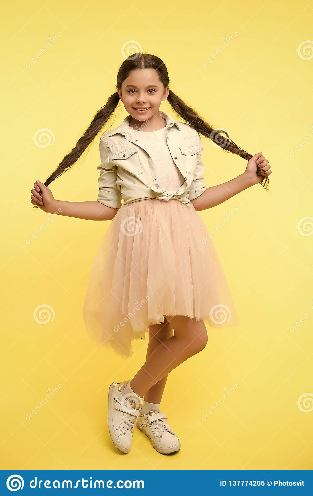 Check Out My Style Kid Girl Charming Ponytail Hairstyle Cute