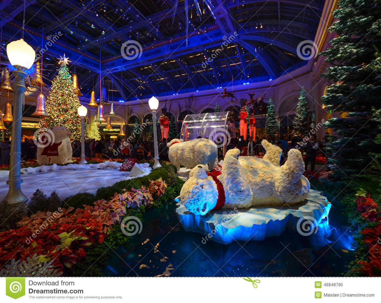 When Does Las Vegas Decorate For Christmas