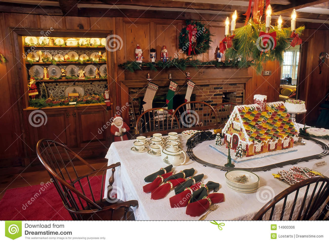 Christmas dinner table stock photo Image of chandelier  14900306