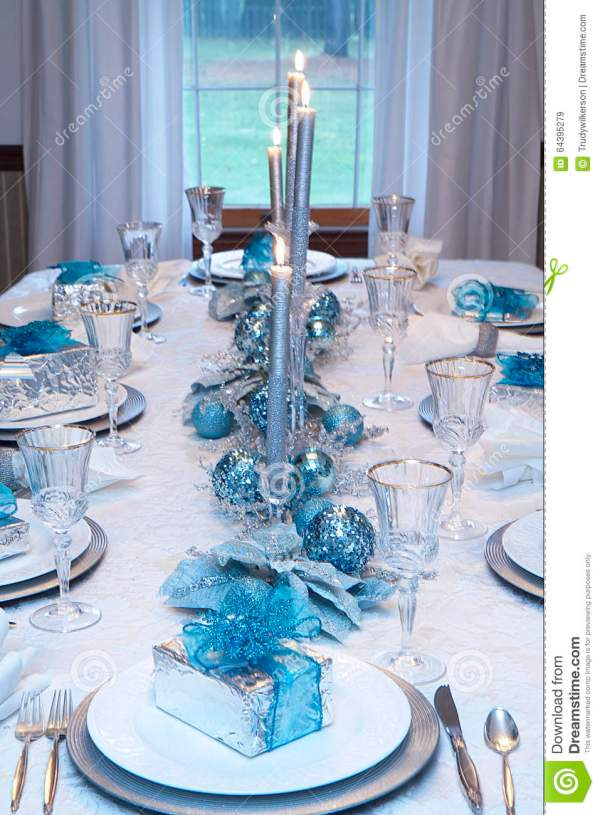 blue and silver christmas table setting - Silver Christmas Table Decorations