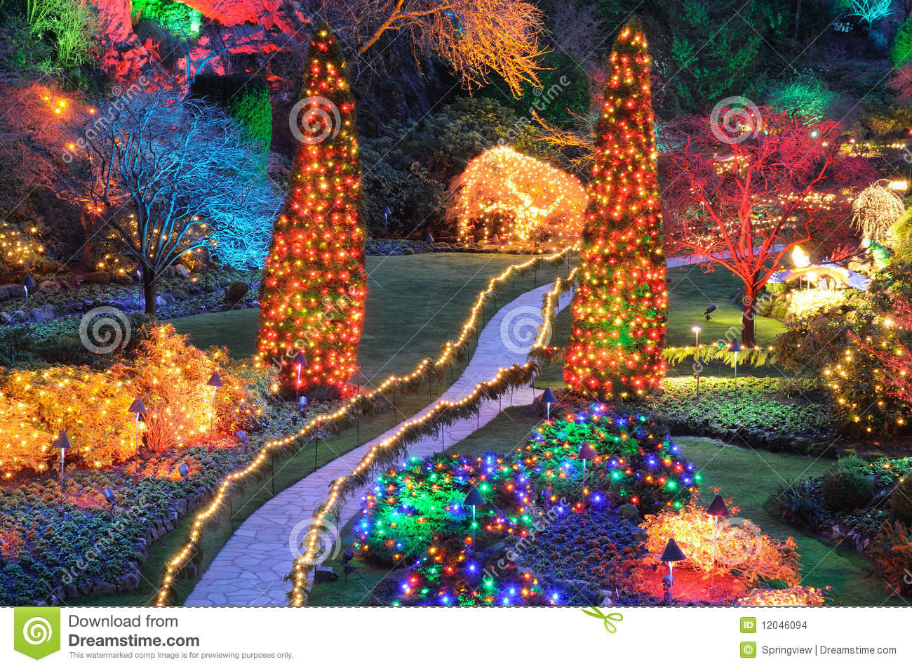 Free Fall Bc Nature Wallpaper Christmas Lights In Butchart Gardens Stock Photo Image