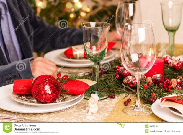 red and gold christmas table decoration - Red And Gold Christmas Table Decorations