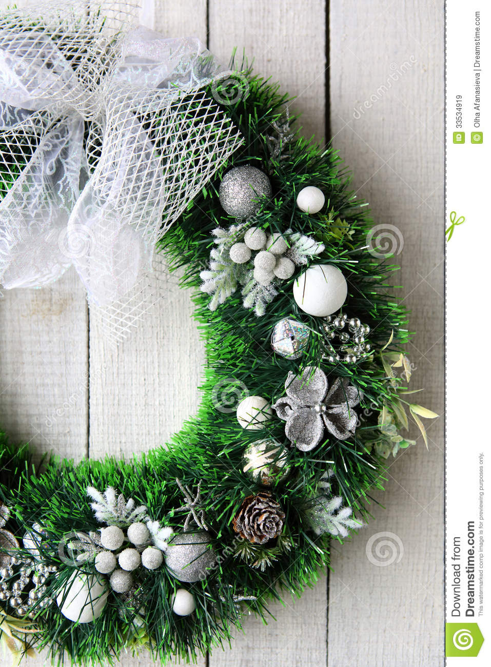 Christmas Wreath On White Door Royalty Free Stock Images  Image 33534919