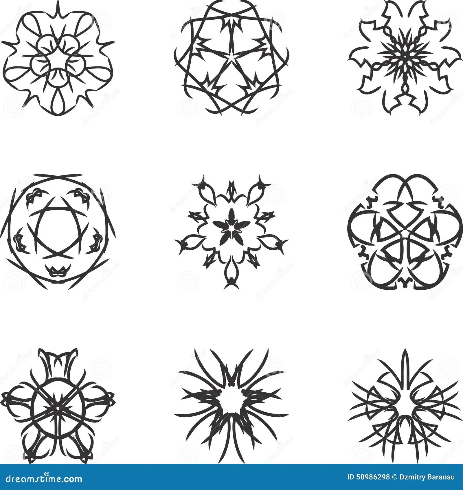 Circle Lace Ornament, Round Ornamental Geometric Doily