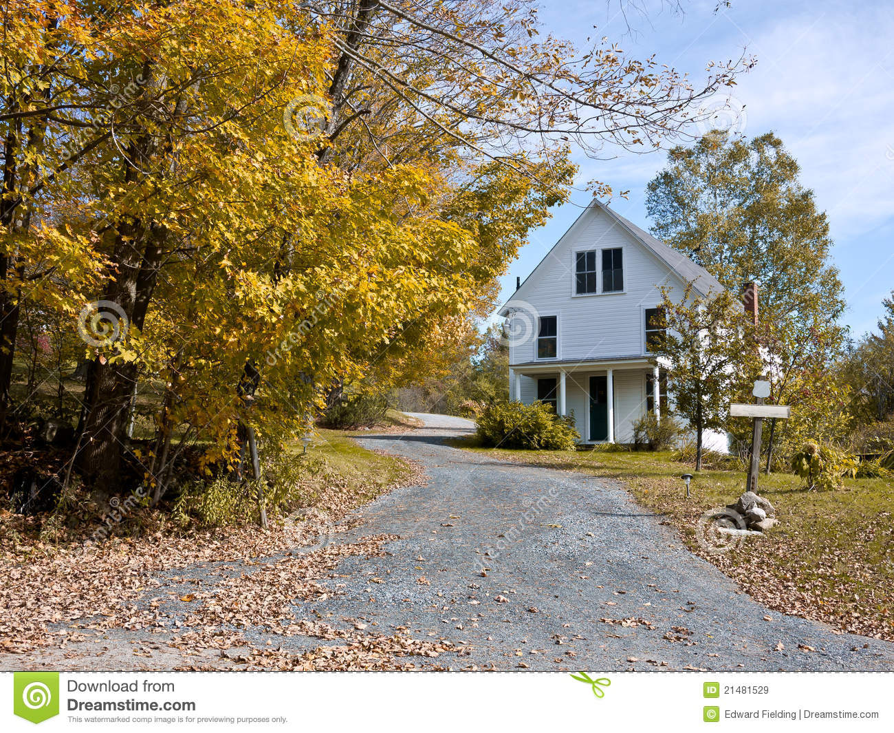Classic New England Farmhouse Royalty Free Stock Images