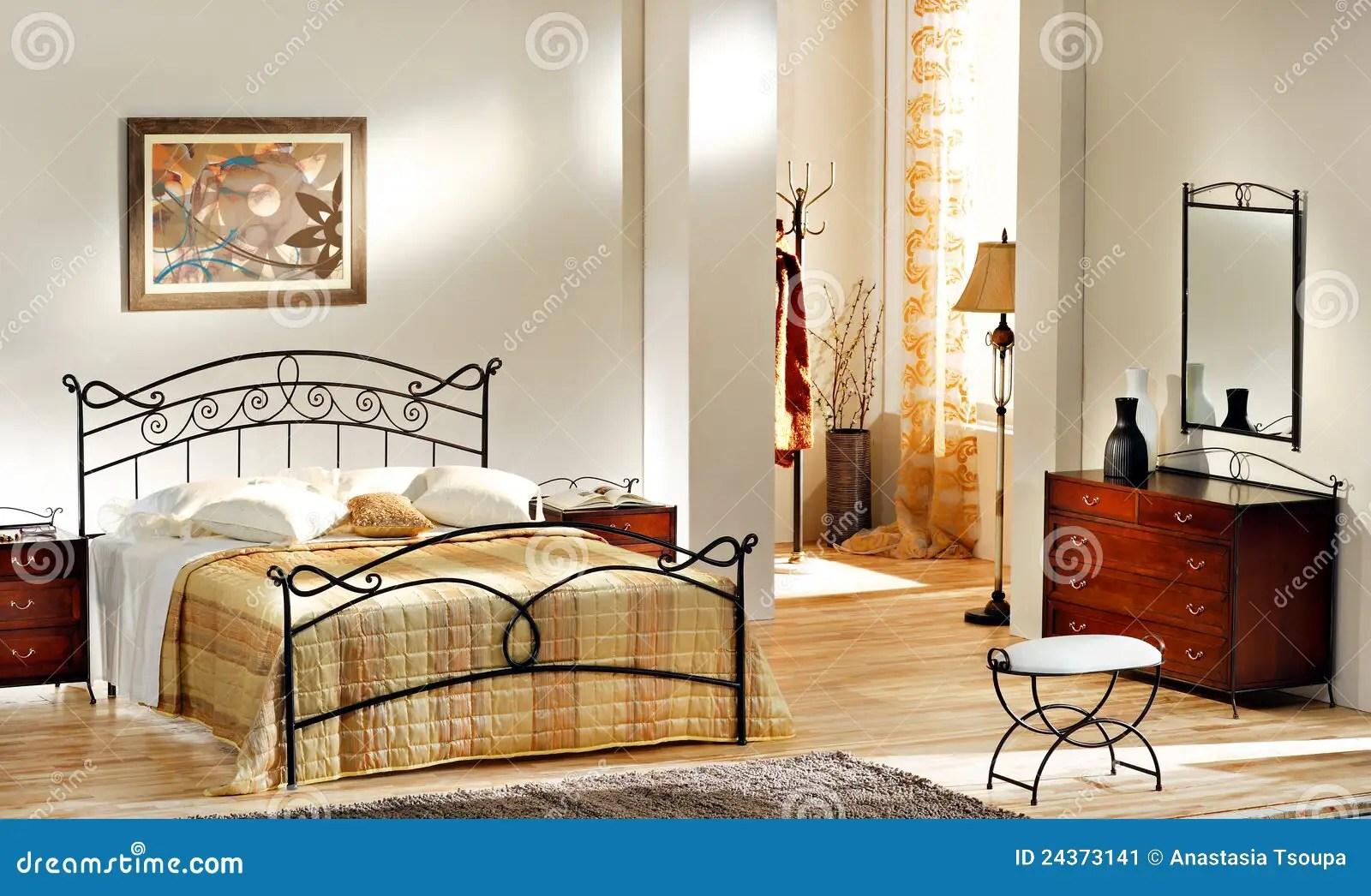Importante studiare con attenzione la configurazione della stanza dedicata al risposo. Bedroom Classical Painting Photos Free Royalty Free Stock Photos From Dreamstime