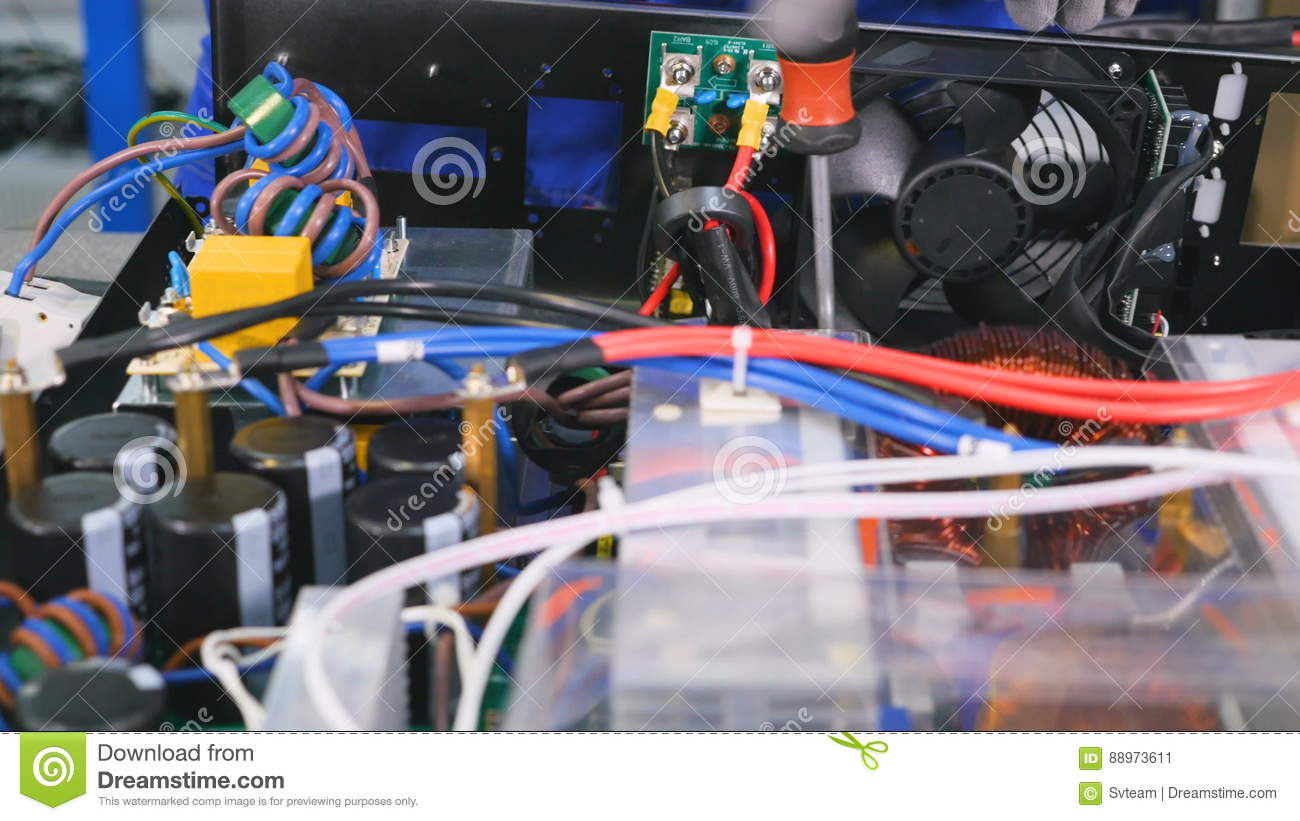 hight resolution of assembling of the electric wiring of the electrical equipment 4k