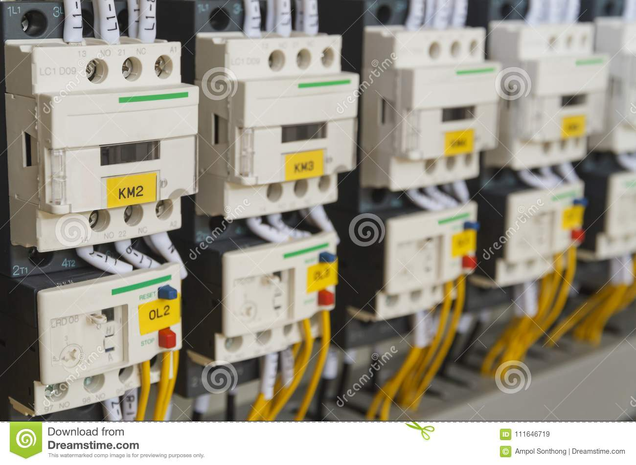 hight resolution of close up electrical wiring with fuses and contactors in control panel box of automatic machine