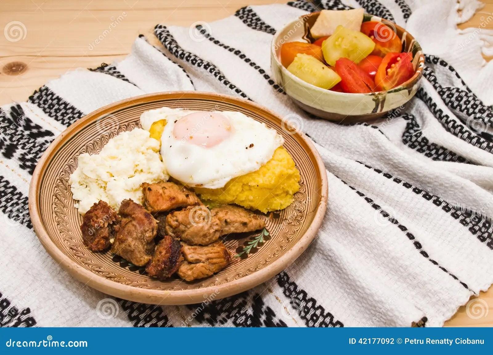 Cocina Rumana Tradicional tochitura Foto de archivo  Imagen de apio tomates 42177092