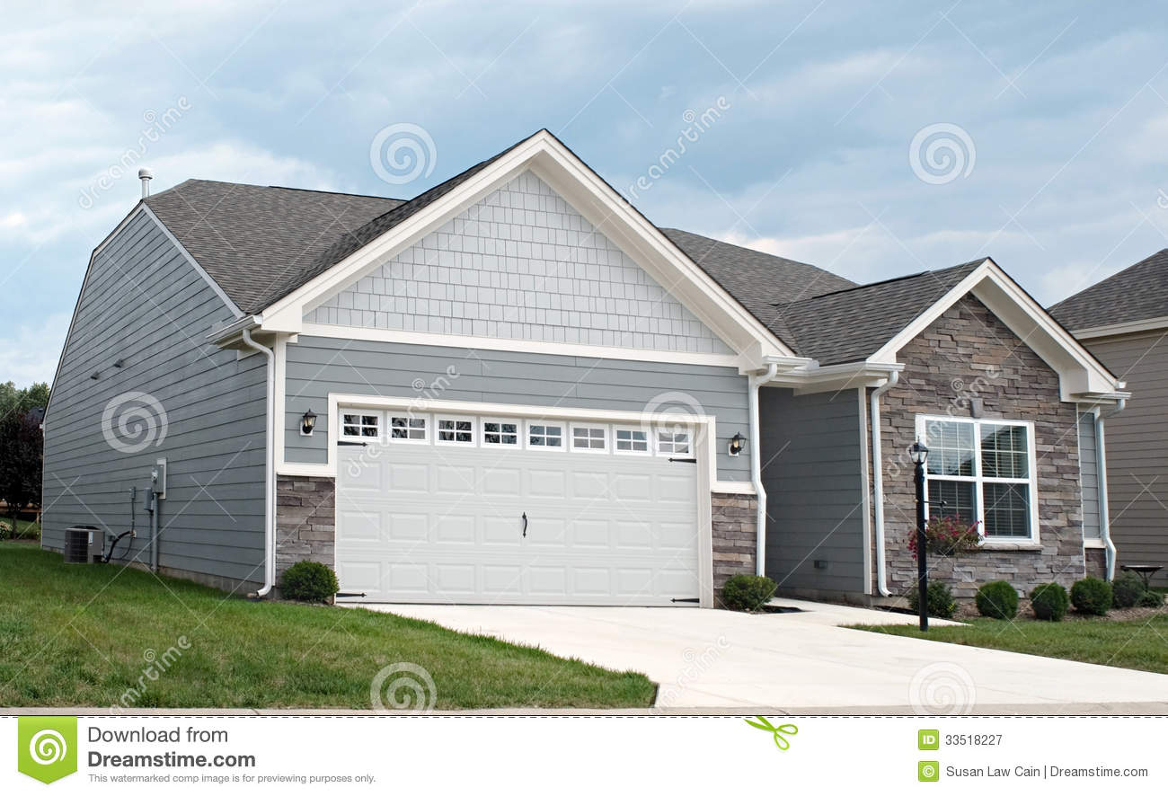 hight resolution of condo with two car garage