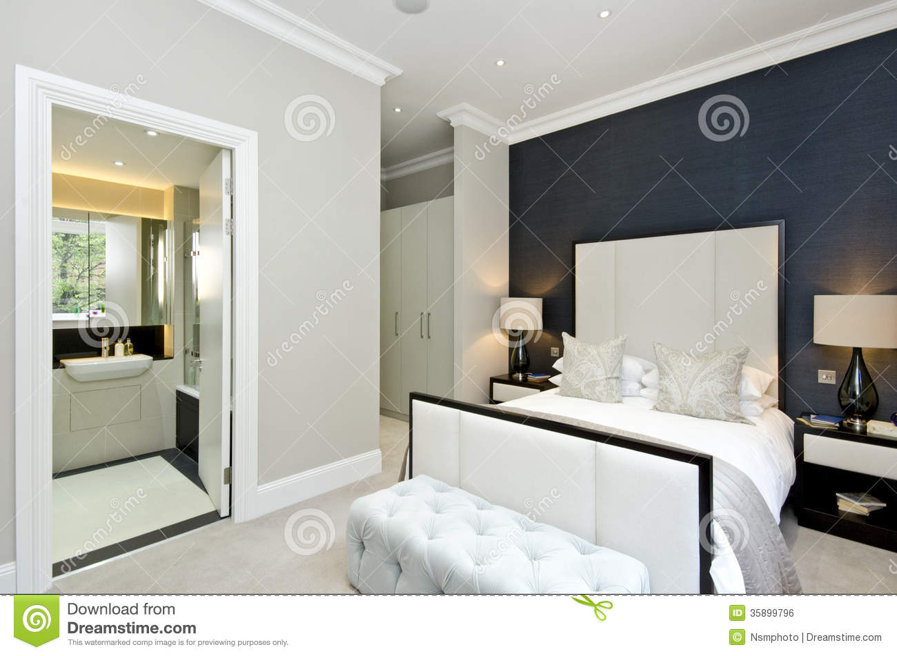 Contemporary Bedroom With King Size Bed With Luxury