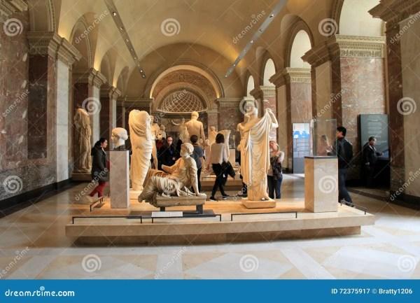 Crowd Of People Wandering Hallways Admiring Masterpieces Louvre Paris France 2016