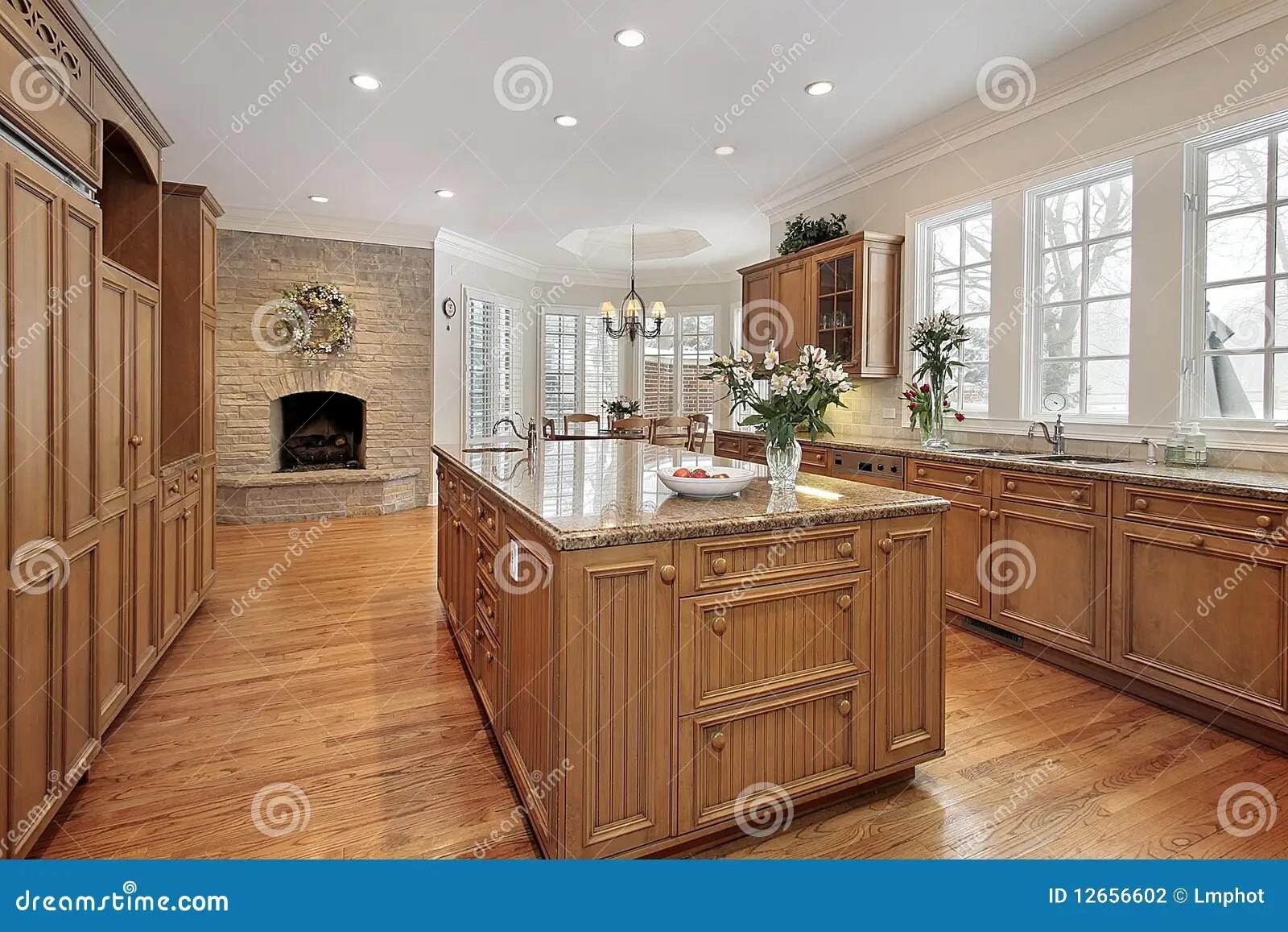 Caminetti In Cucina Moderna : Camino in cucina caminetti in cucina moderna camino in cucina