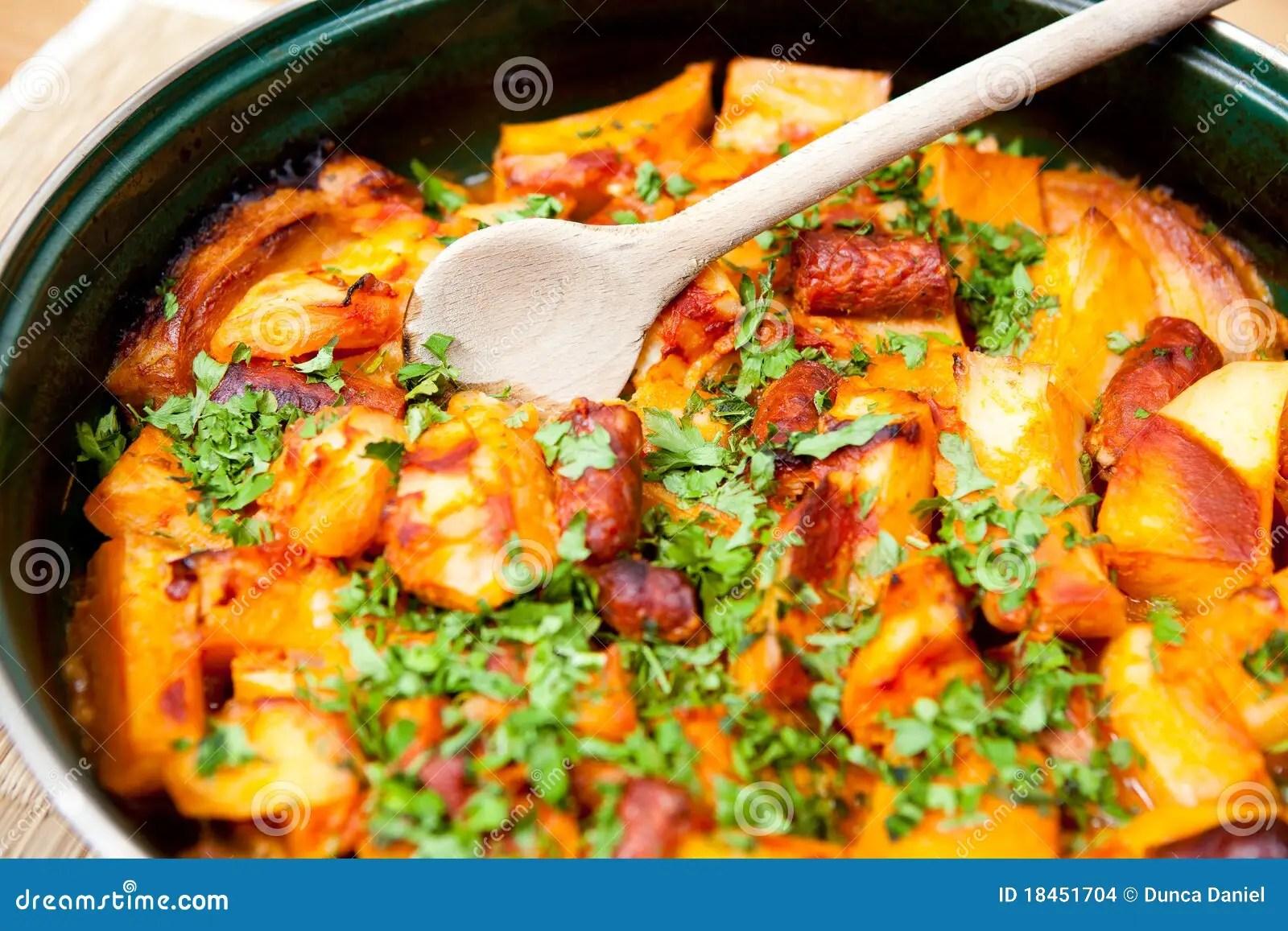 Cucina Rumena Rumena