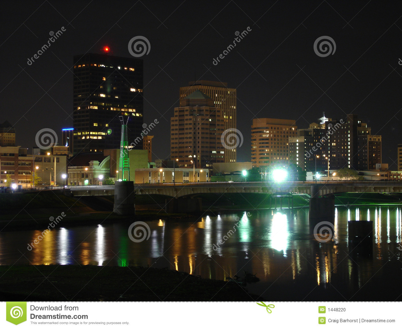 dayton ohio skyline at night by river