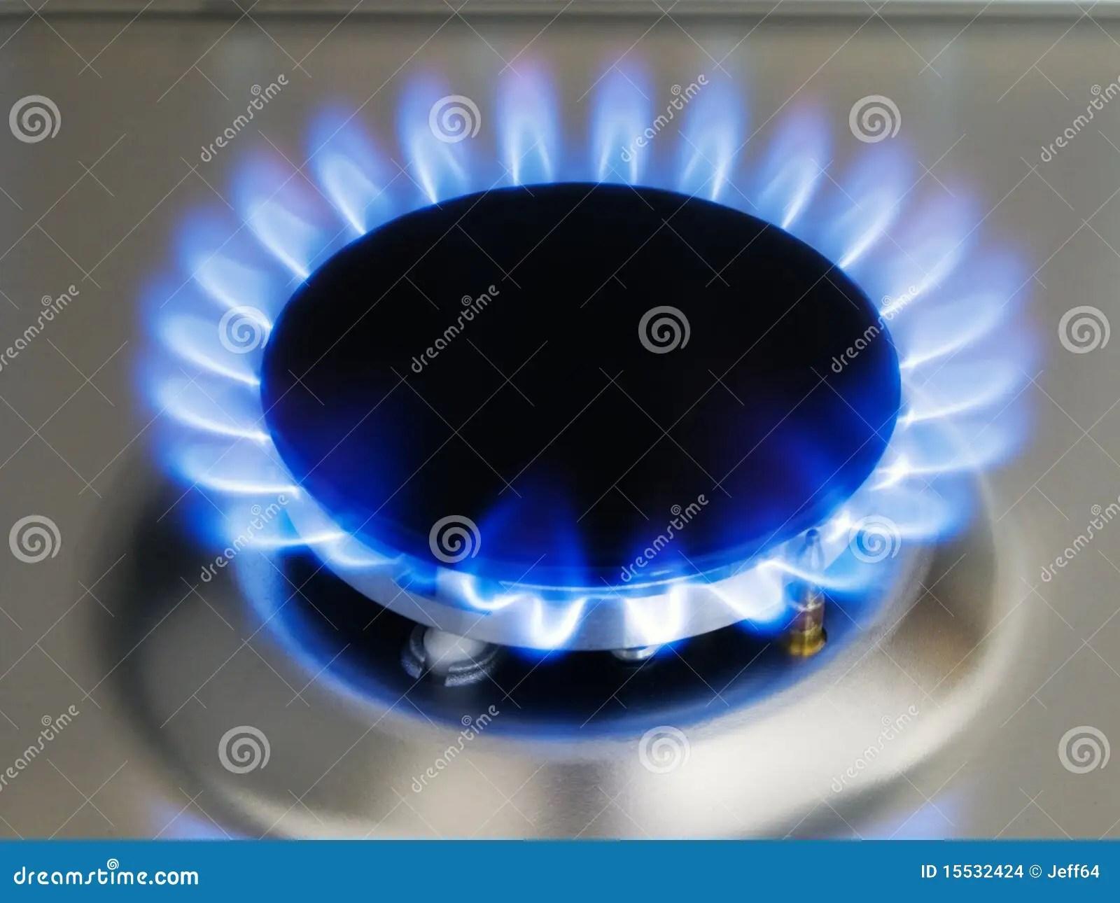 De Blauwe Vlam Van De Keuken Op Een Brander Stock Foto