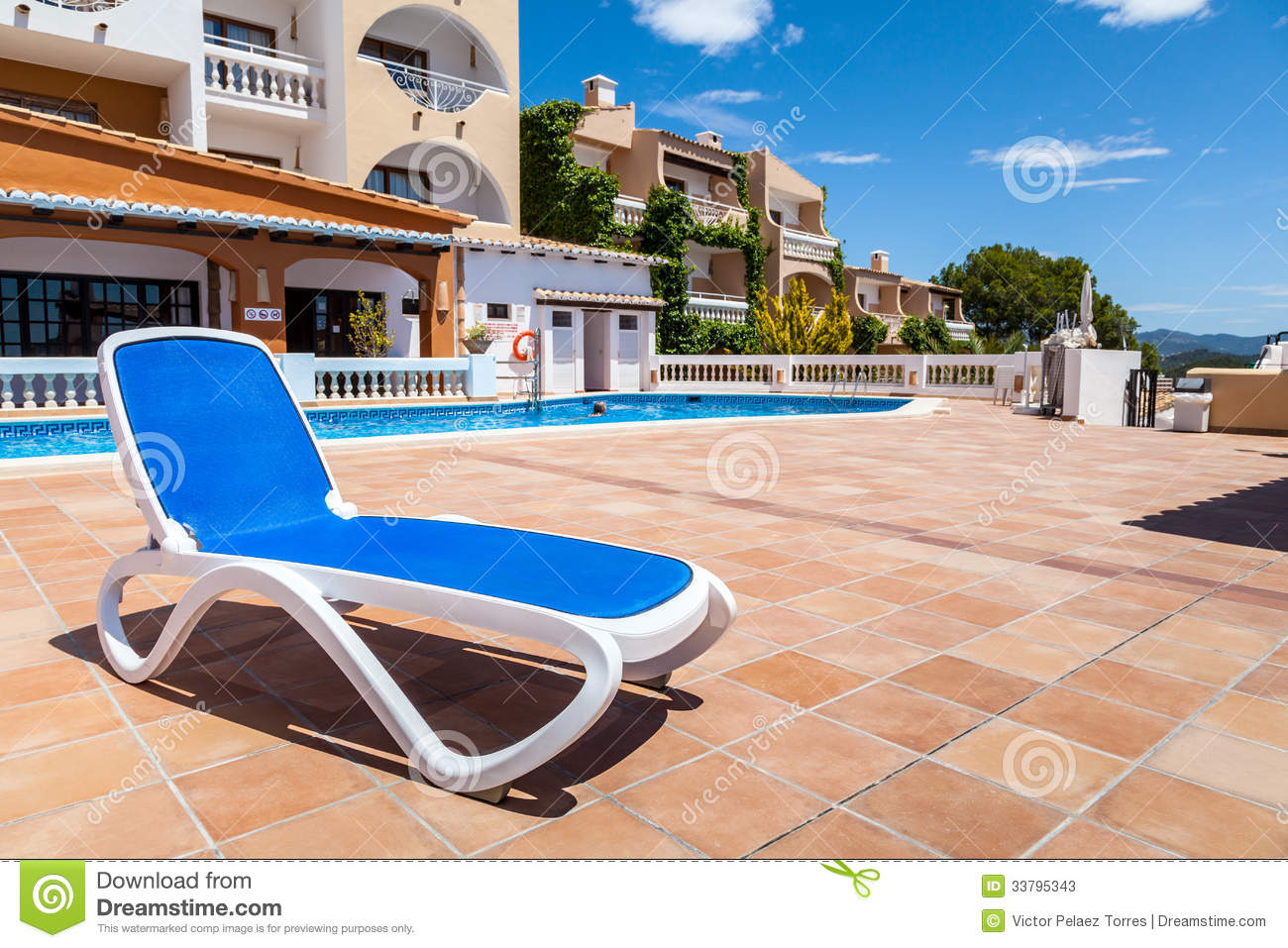 Pool Deck Chairs Deck Chair In A Swimming Pool Stock Photos Image 33795343