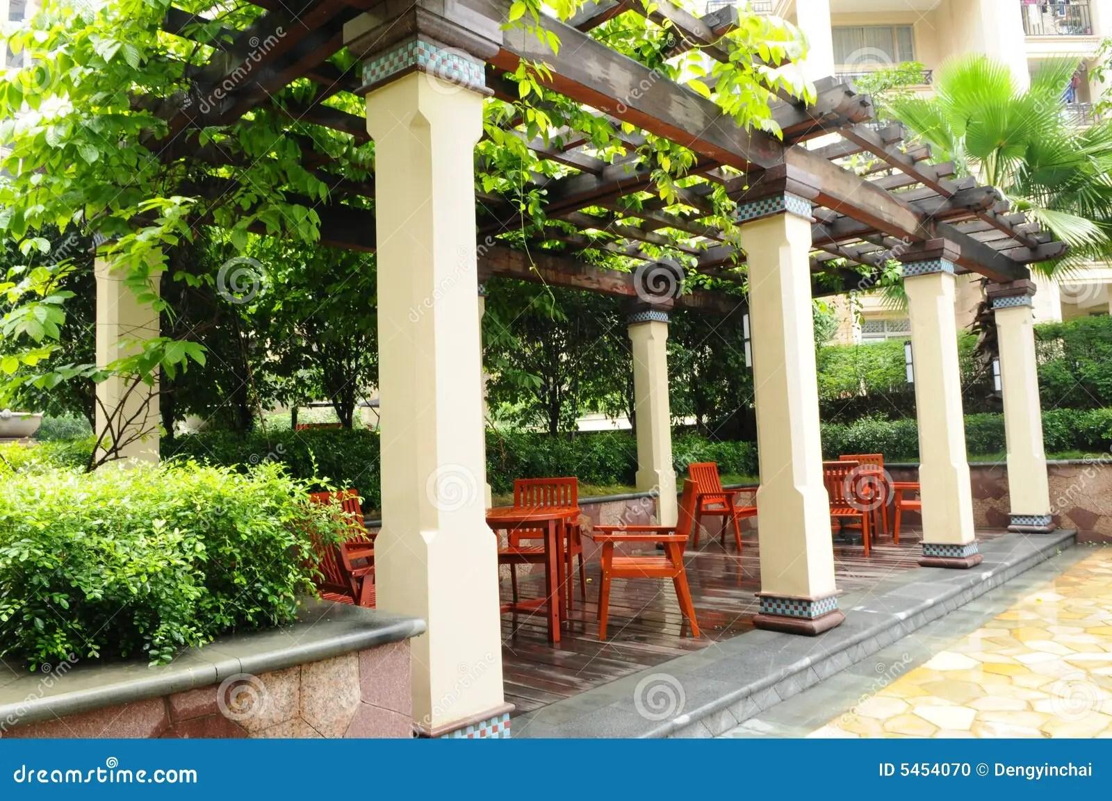 Der Garten Pergola Stockfoto Bild Von Stühle, Holz