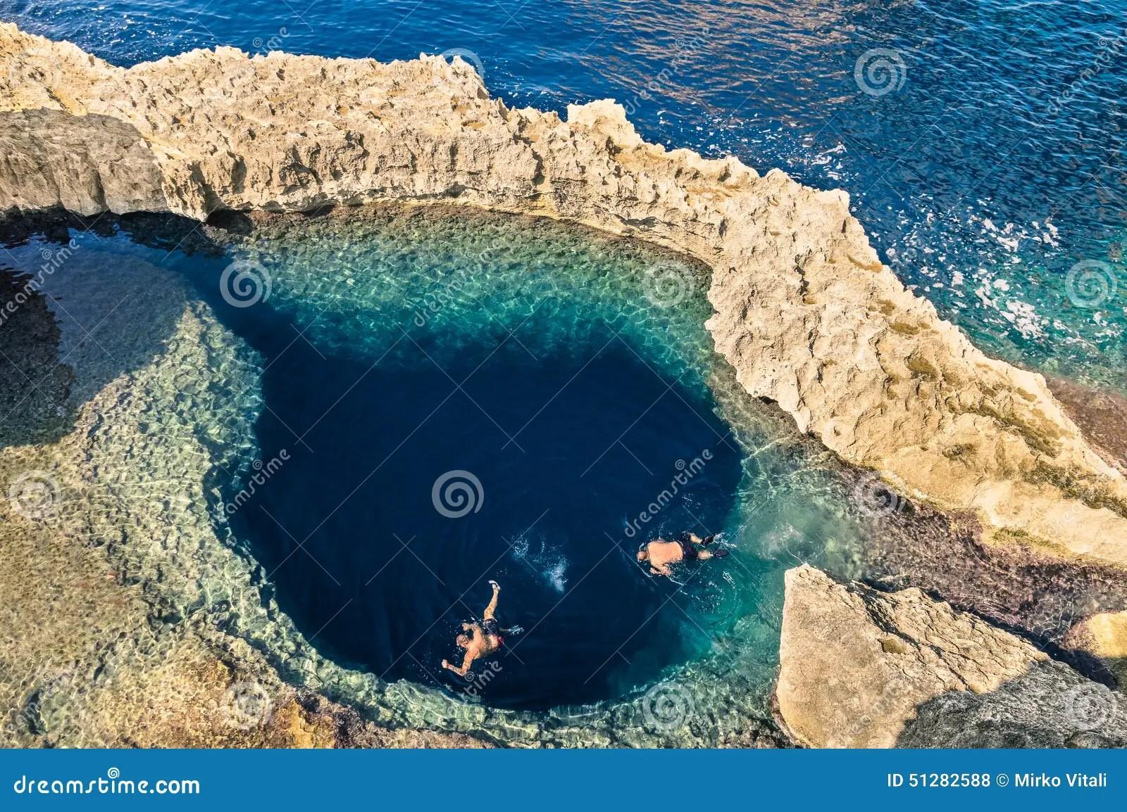 Diep Blauw Gat In Wereldberoemde Azure Window In Gozo