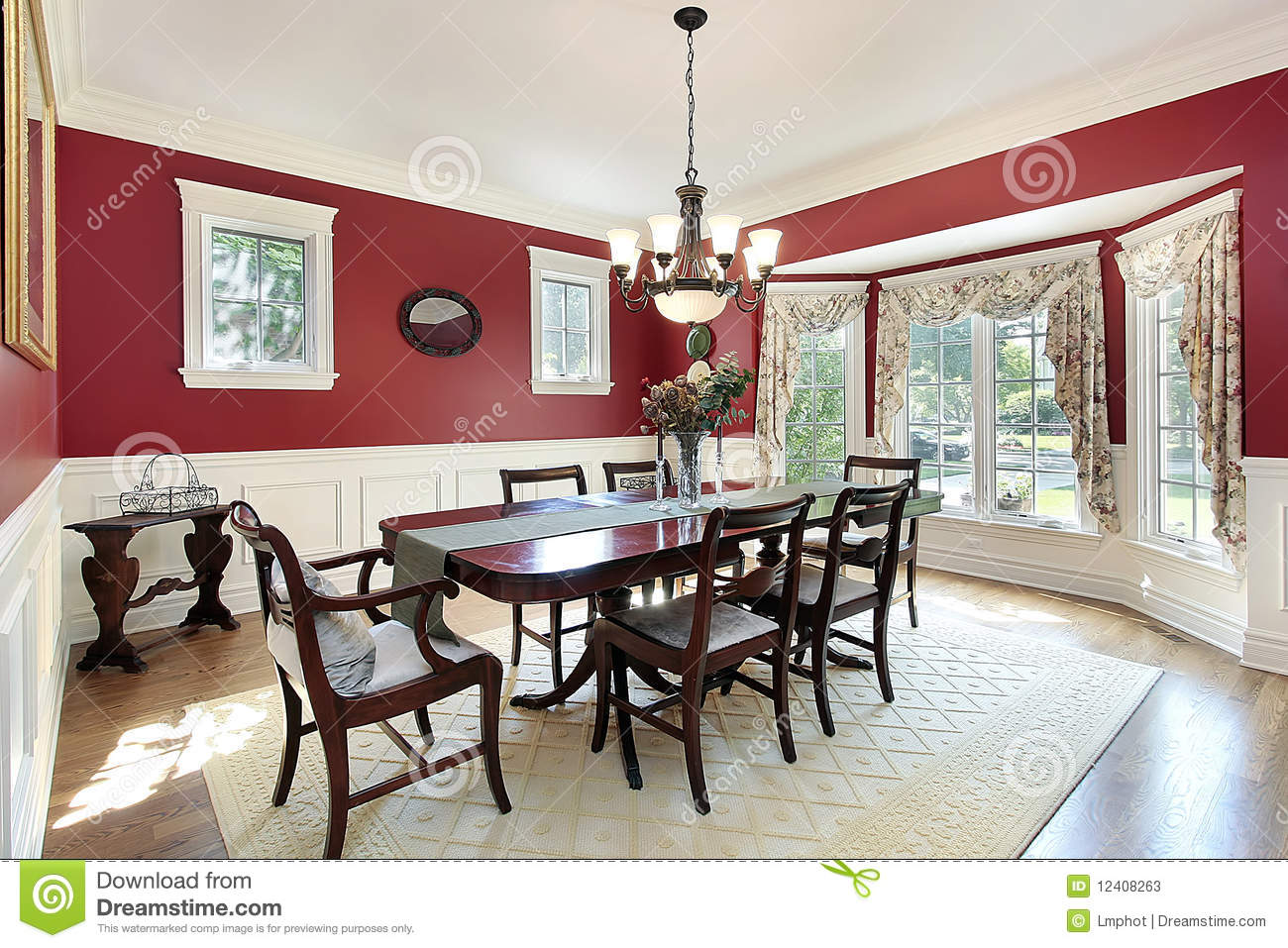 Dining Room With Red Walls Stock Image Image Of Luxury
