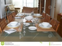 Dining Room With Table Setting Stock Image - Image: 1543153