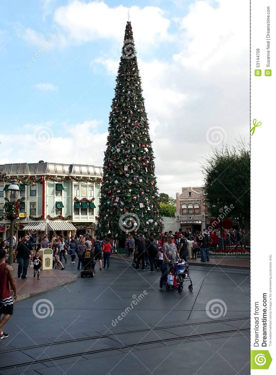 Disneyland Christmas Tree On Main Street Editorial Stock