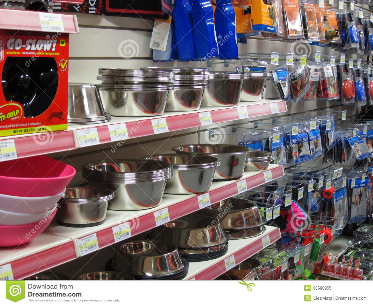 Dog Bowls In A Pet Store Editorial Image Image Of Dishes