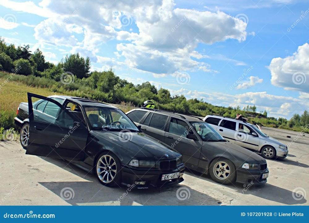 medium resolution of bmw e36 drift cars