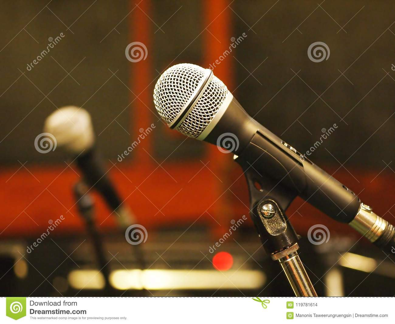 hight resolution of dynamic microphone with standards xlr wiring in studio stock photo