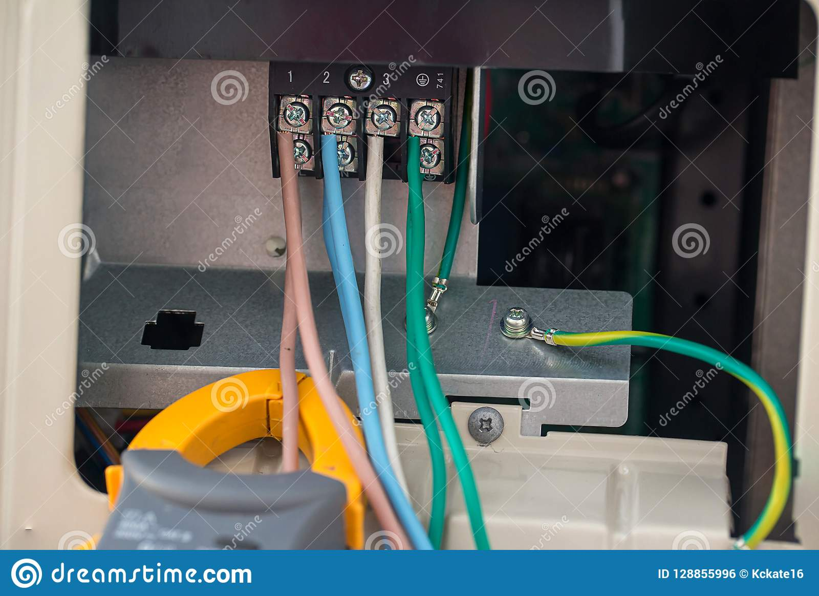 hight resolution of electrical cables with terminal block electrical wires is connected to clamps in power system of