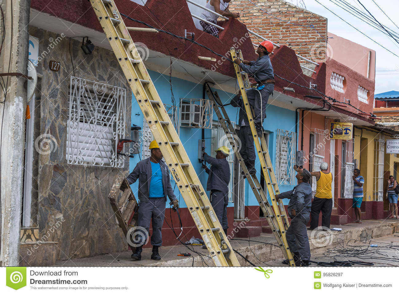 Casa Particular Cuba Trinidad Electricians In Trinidad Editorial Photography Image Of Cuba
