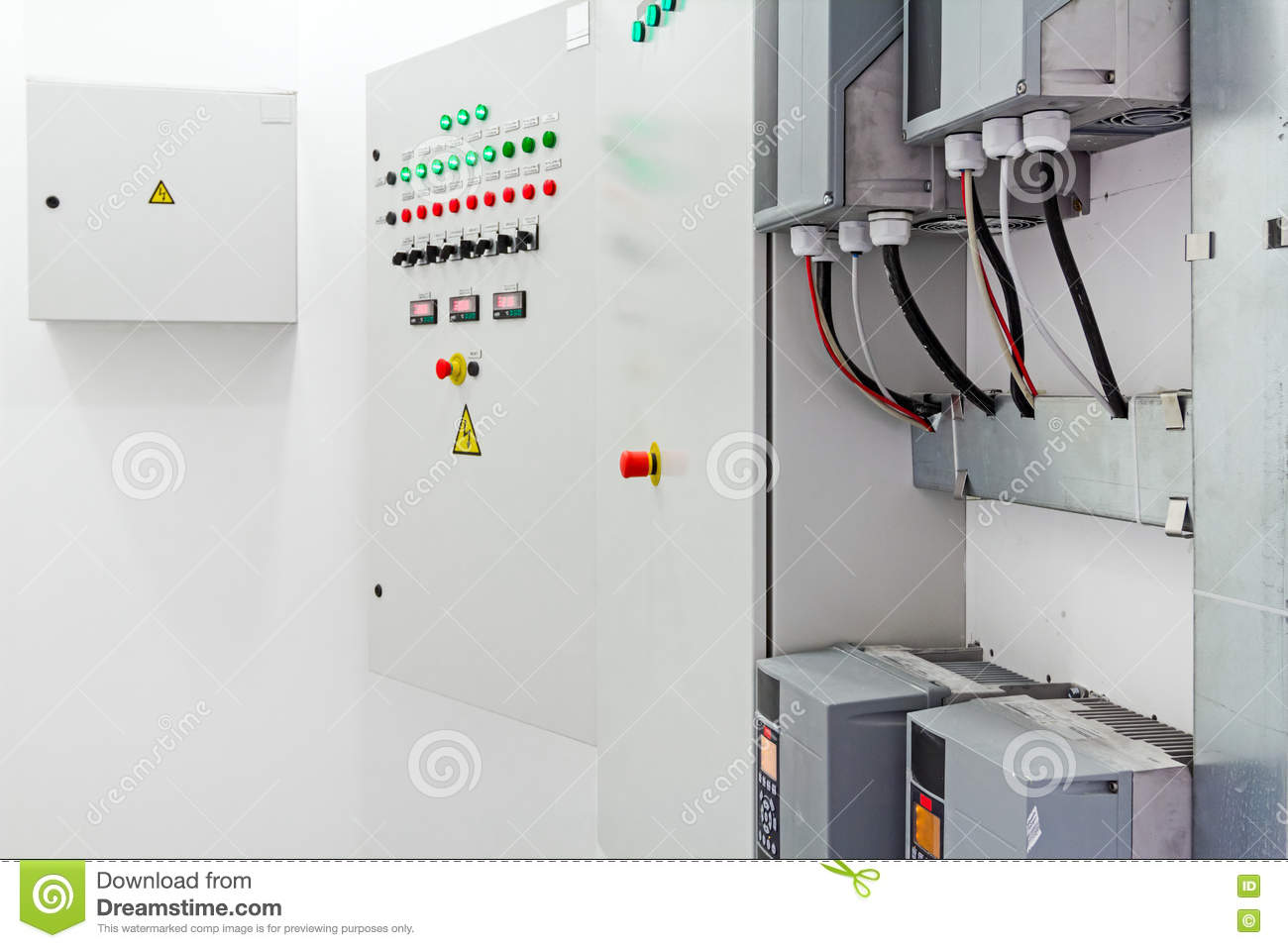 hight resolution of electricity distribution place fuse box