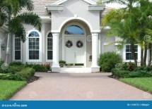 Beautiful Home Entrance Design