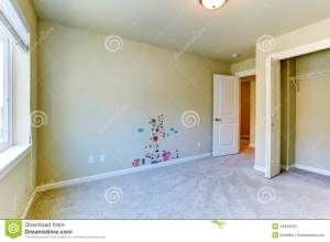 empty wall painted cheerful interior