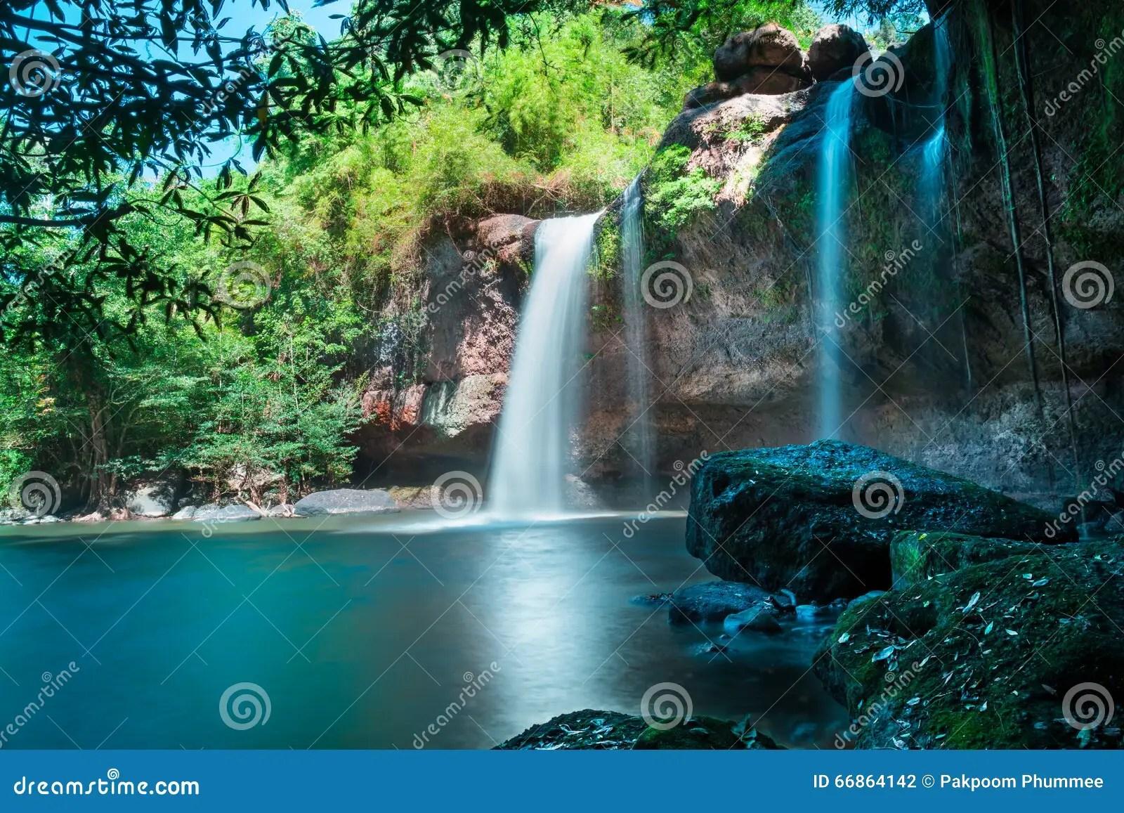 Kuang Si Falls Hd Wallpaper Erstaunliche Sch 246 Ne Wasserf 228 Lle Im Tiefen Wald An