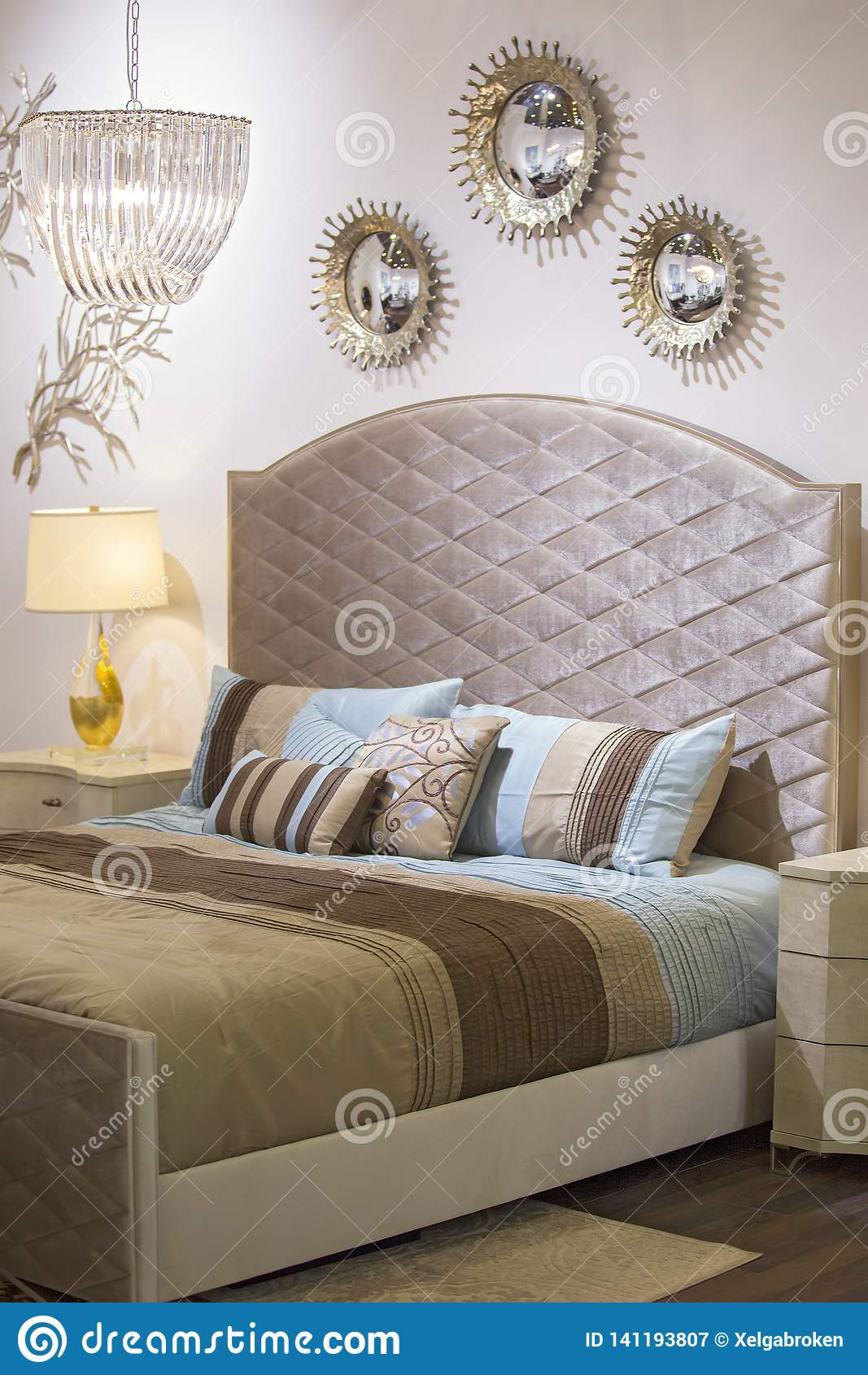 Fashionable Modern Bedroom Bed Chandelier Mirrors On The Wall Bedside Table And Lamp Beautiful Textiles On The Bed Chic Stock Image Image Of Architecture Luxurious 141193807