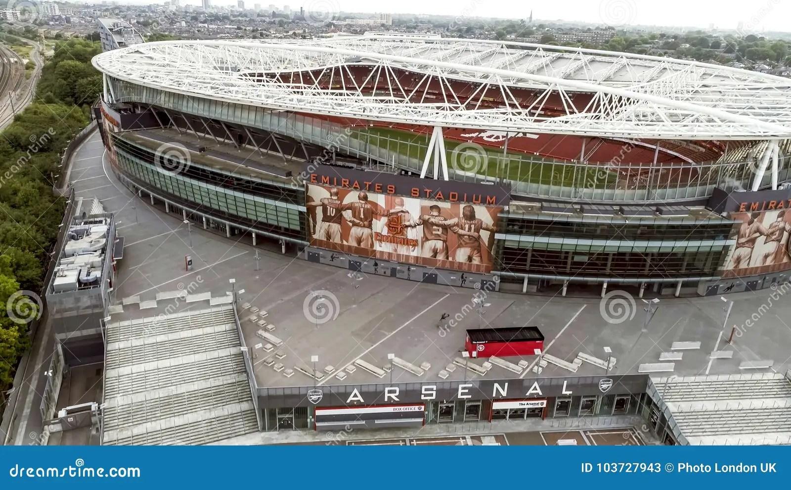 https de dreamstime com fliegen durch vogelperspektive ikonenhaftes arsenal emirates stadium london image103727943