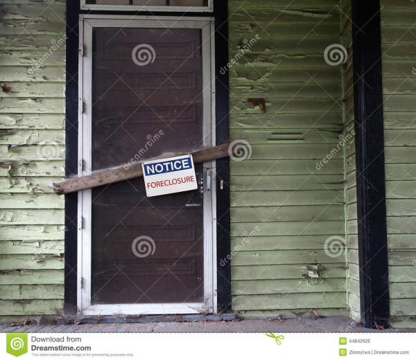 Foreclosed House Stock Photo Image 44842926