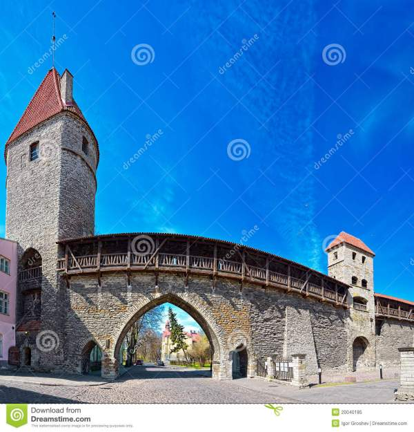 Fortified Medieval Town Wall Royalty Free Stock - 20040185