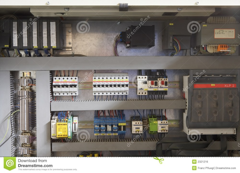 medium resolution of fuse box