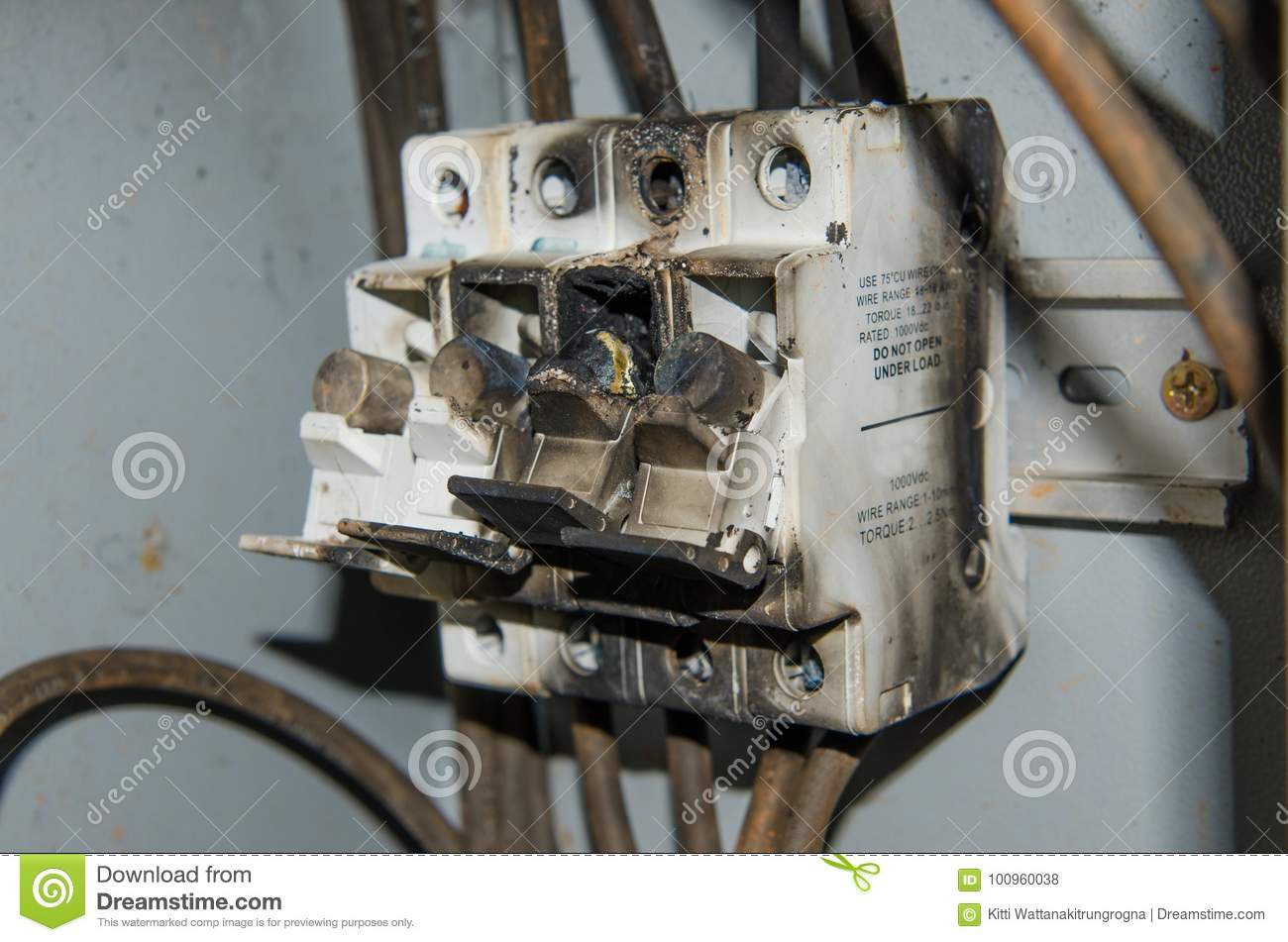 hight resolution of fuse high power voltage electronic box burn fire