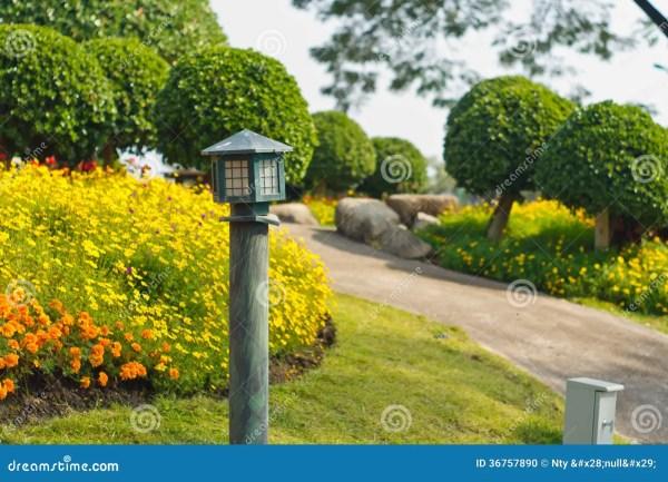 garden lamp stock