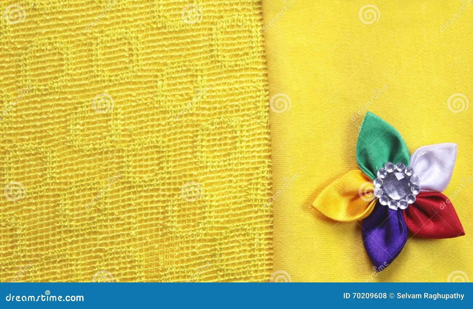 Gelber Stoff Stunning Ein Gelber Stoff Mit With Gelber Stoff Stunning Syunss Gelben Bren Raute