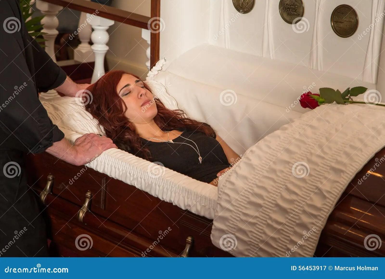 Karen Carpenter Casket Funeral