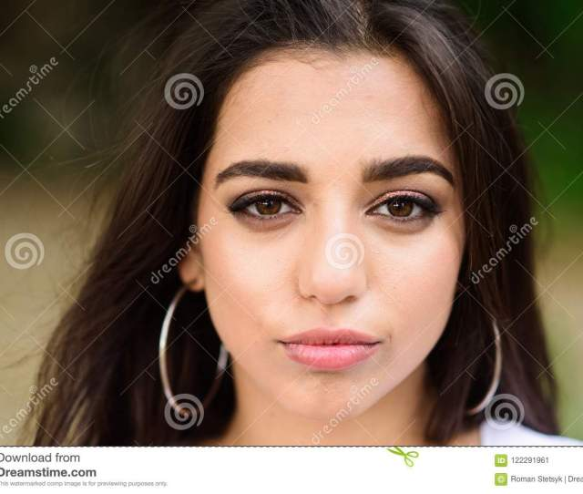 Girl Attractive Gorgeous Brunette Middle Eastern Appearance Close Up Defocused Background Beauty Of Arabian Women