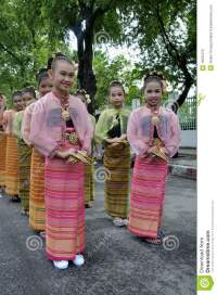 Girls In Thai Traditional Dress Editorial Image - Image ...